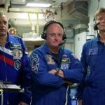 Экипаж корабля «Союз ТМА-16М» после стыковки с МКС перешел на станцию
