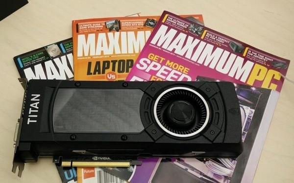 Флагманский адаптер NVIDIA GeForce GTX TITAN X предстал на «живых» снимках