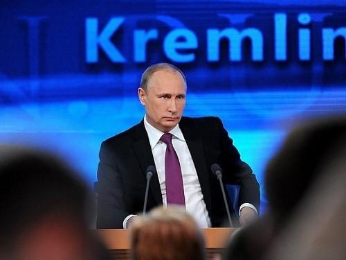 Путин подписал поправки о регулировании цен на лекарства и имплантаты