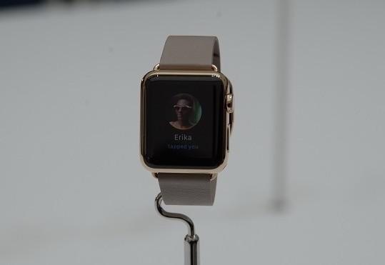Apple работает над увеличением емкости АКБ в часах Watch